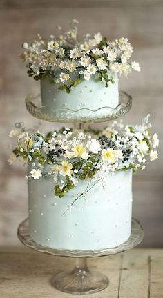 35 Excellent Dreamy Secret Garden Wedding Ideas with Invitations--rustic mint wedding cake with wildflowers, diy wedding food garden wedding cake 35 Excellent Dreamy Secret Garden Wedding Ideas with Invitations Uk Wedding Cakes, Halloween Wedding Cakes, Creative Wedding Cakes, Beautiful Wedding Cakes, Gorgeous Cakes, Wedding Cake Designs, Pretty Cakes, Wedding Cake Toppers, Garden Wedding Cakes