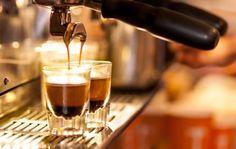 Kulik Tentang Pembuatan Espresso yuk! https://www.coffindo.id/content/majalah/kulik-tentang-pembuatan-espresso-yuk.html
