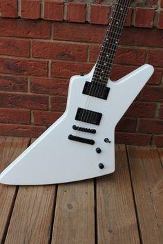 "Epiphone ""1984"" Explorer EX Electric Guitar Alpine White EMG Active Pickups"