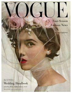 Wedding Flower Inspiration from the Vogue Archives Photograph by Irving Penn! Isn't this simply gorgeous? Vogue Vintage, Vintage Vogue Covers, Look Gatsby, Flower Veil, Wedding Flower Inspiration, Wedding Flowers, Wedding Colors, Wedding Bouquets, Irving Penn
