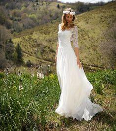Marie Laporte collection 2017, robe de mariée bohème Liberty, manches et col rond en dentelle