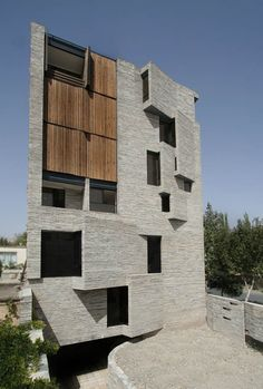 Contemporary Residence in Mahallat, Iran | AbCT with Ramin Mehdizadeh