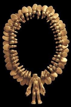 Cosmology Pre-Columbian golden necklace 600 AD Colombia. Colección de la Unidad Especializada en Ortopedia y Traumatologia www.unidadortopedia.com PBX: 6922370 Bogotá - Colombia.