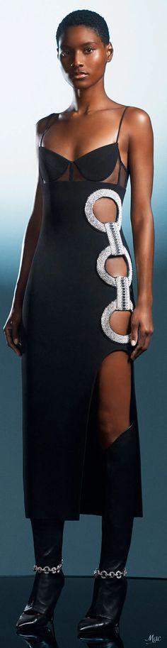 Fall 2021 RTW David Koma All Fashion, Womens Fashion, David Koma, Crop Top Outfits, Autumn Winter Fashion, Evening Gowns, Street Style, Lady, Runway