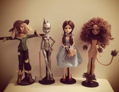 """""""Were off to see the wizard"""" Monster High repaint by Creepations"""