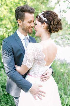 Romantische Waldstimmung @Carolin Anne Fotografie http://www.hochzeitswahn.de/inspirationen/romantische-waldstimmung/ #love #romantic #bride