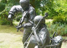 Jack Aubrey & Stephen Maturin in The Garden of Heroes & Villains, Warwickshire, Jim Guy, 2004