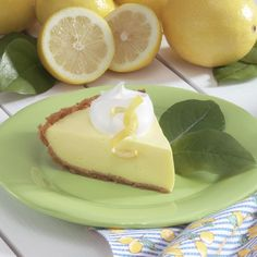 Tangy Lemonade Pie Recipe -I really enjoy lemon pie, but I have to watch my sugar intake. So I experimented with sugar-free gelatin and lemonade mix to come up with this light pie that's absolutely delicious. Diabetic Desserts, Lemon Desserts, Lemon Recipes, Summer Desserts, Diabetic Recipes, Pie Recipes, Just Desserts, No Bake Desserts, Sweet Recipes