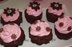 La buona cucina di Katty: Cupcake al cioccolato, farina di carrube con frosting alla ricotta