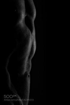 Autopsie artistique #2 - Pinned by Mak Khalaf Fine Art artartisticartistiqueautopsie artistiqueblack \ and\ whiteblack and whitecauvindarkfine artlow keylowkeymodelnoir et blancseriestudio by Cauvin