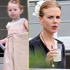 Eu nem precisaria colocar legenda nesta foto para vocês, né?! A pequena é a cara da mãe!!! Muito linda.