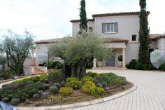 For Sale - Villa - Grasse (MD2539309) -  #Villa for Sale in Grasse, Provence-Alpes-Cote d'Azur, France - #Grasse, #ProvenceAlpesCotedAzur, #France. More Properties on www.mondinion.com.