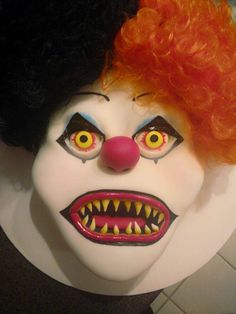Scary Clown Cake Pennywise Piped Dreams Pinterest