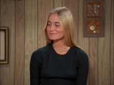 Image of Maureen Mccormick as Marsha for fans of The Brady Bunch 22474962 Hollywood Actresses, Old Hollywood, Actors & Actresses, Marsha Brady, Bradley Steven Perry, Maureen Mccormick, The Brady Bunch, Debbie Reynolds, Julie Andrews