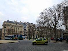 Vista das Av. Breteuil e Av. de Villars