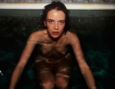 ☞ Nan Goldin, Amanda at the Sauna [Hotel Savoy, Berlin, 1993]