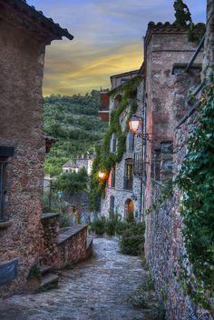 callejuelas de Mura ... Bages Catalonia