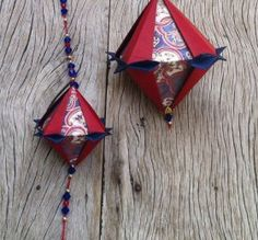 Tomoko – Origami World Origami, Quilling, Paper Crafts, Drop Earrings, Diy, Papercraft, Microwaves, Bedspreads, Tissue Paper Crafts