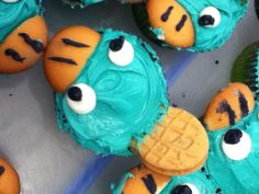 Morgan, I think I found your birthday cupcakes for this year....