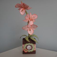 Paper craft idea using Stampin' Up! Apothecary Art and Baroque Motif stamp sets. Orchides made using the Stampin' Up! Blossom Petal Builder Punch.    Crafting the Day Away: http://supersuelovestocraft.blogspot.com/