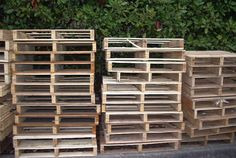 how to actually get the wood off the pallets efficiently and in a way that can be reused!