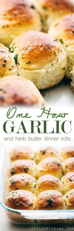 One Hour Garlic Herb Dinner Rolls - Fluffy and tender dinner rolls that are topp. One Hour Garlic Herb Dinner Rolls - Fluffy and tender dinner rolls that are topped with an amazing garlic butter to give you the most flavor dinner ro. Herb Butter, Garlic Butter, Garlic Parmesan, Roasted Garlic, Butter Pasta, Garlic Soup, Garlic Cheese, Bread Recipes, Cooking Recipes