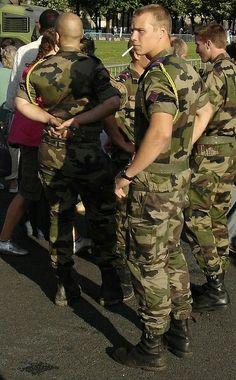 Cop Uniform, Men In Uniform, Sexy Military Men, Military Fashion, Gay Marines, Men Smoking Cigarettes, Hot Cops, Gay Aesthetic, Man Smoking