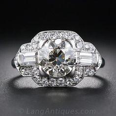 bague art deco, entourage diamants vue 1