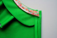 7 - bias binding sewing on 1 cm by - mirror on the wall - via Flickr