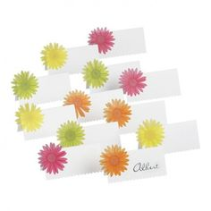 These are the easiest instructions for these cute Gerber Daisy Place Cards. I do believe that even the most uncrafty person can make these!