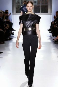 Balenciaga @ Paris Fashion Week winter 2014-15 - vídeo, with Gisele Bundchen and Carol Trentini