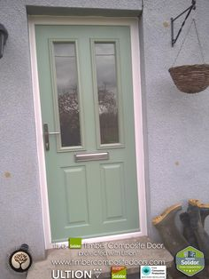 Chartwell-Green-Ludlow-Solidor-Timber-Composite-Door-with-Ultion-Lock