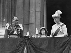 Silver Jubilee of TM King George V & Queen Mary