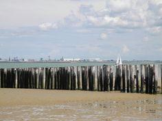 Breskens met zicht op Vlissingen Holland, Beach, Outdoor, Cottage House, Island, Vacations, The Nederlands, Outdoors, The Beach