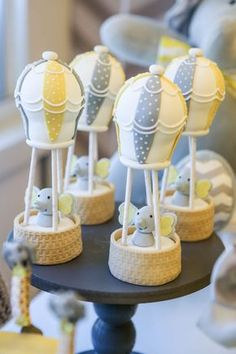 Inspire your Party ® Elephant Baby Shower Cake, Grey Baby Shower, Elephant Theme, Baby Elephant, Elephant Mobile, Baby Shower Cupcakes, Baby Shower Favors, Baby Shower Themes, Shower Gifts