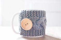 The perfect knit handmade mug warmer for you to have when it's chilly out. #ad