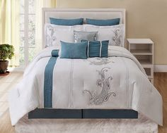 KingLinen 13 Piece Queen Forever Bliss Bedding Bed in a Bag Set Bed Comforter Sets, Comforter Cover, Comforters, Duvet Covers, Blue And White Bedding, Home Bedroom, Bedroom Ideas, Master Bedroom, Bedrooms