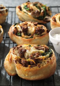 Beef Sticky Buns-- A twist on cinnamon buns, these savory buns get a protein boost from homemade beef breakfast sausage and plenty of veggies like mushrooms and spinach. Delicious Breakfast Recipes, Brunch Recipes, Yummy Food, Beef Recipes, Cooking Recipes, Cooking Beef, Protein, Sticky Buns, Sausage Breakfast
