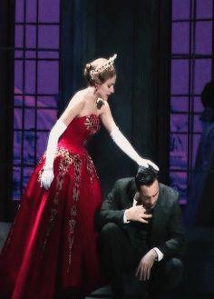 That hand grab just gives me so many feelings u kno idk Anastasia Broadway, Anastasia Musical, Theatre Nerds, Music Theater, Broadway Theatre, Broadway Shows, Musicals Broadway, Star Wars, Ramin Karimloo