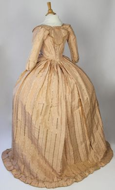 MET Museum 18th Century Robe IN Pink With Floral Silk French 1750 1799 | eBay
