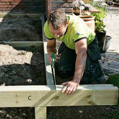 Slik bygger du terrasse med trapp - viivilla.no Patio