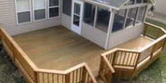 Deck and screened in back porch. I would love to add a deck around our back porch. Screened Porch Designs, Screened In Deck, Screened Porches, Back Porch Designs, Small Porches, Decks And Porches, Small Sunroom, Back Patio, Backyard Patio