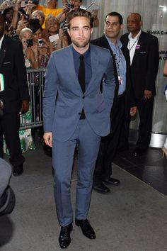 9 veces que Robert Pattinson nos enseñó cómo usar un traje formal de forma correcta   El Blog De Akío