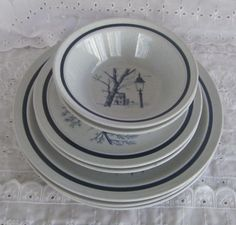 7 Pieces Vintage Noritake Stoneware 8340 Colonial Times Japan Dinner Plates Salad Plates and Bowls by GenerationsEstate on Etsy