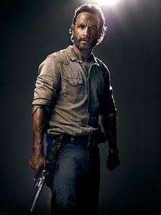 Andrew Lincoln as Rick Grimes #TheWalkingDead season 4 2013 promo photo
