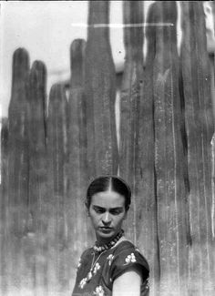 Martin Munkácsi  // Frida Kahlo with cacti, Mexico City, 1933.