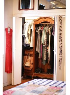 12 Creative Ways to Dress Up Your Closet