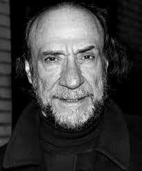 F. Murray Abraham - Nascimento: 24/10/1939 – País de nascimento: Estados Unidos. Vencedor de (1) Oscar pela Academia, até o ano de 2014. Abraham venceu pelo trabalho em: (Amadeus, 1984). Venceu também um (1) Globo de Ouro.
