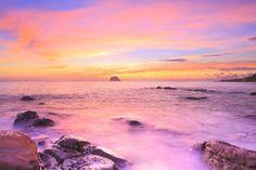 Pfeiffer Beach: la straordinaria spiaggia viola/arcobaleno della California (VIDEO)
