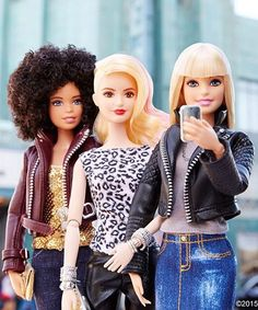 Barbie Fashionista New Look | The new Barbie Fashionista line is not only diverse, but they encourage girls to explore their personal style in a number of ways. #refinery29 http://www.refinery29.com/2015/06/89358/barbie-fashionista